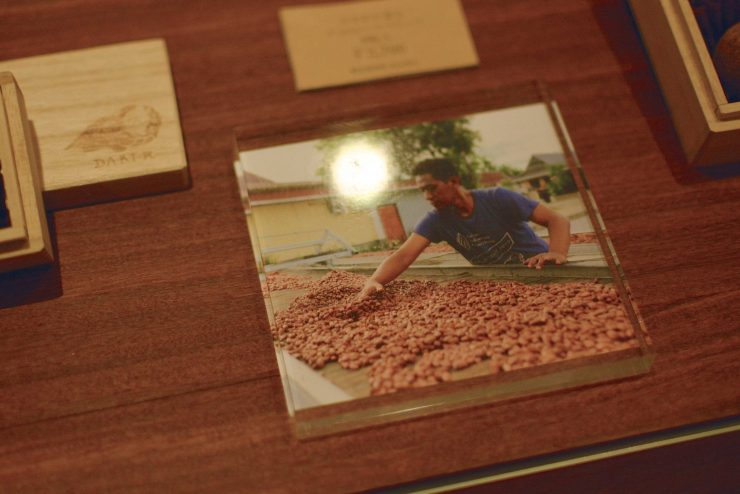 インドネシアのカカオ農家さん