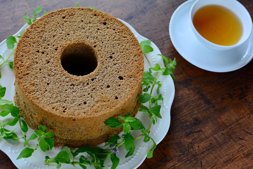 香醇ほうじ茶シフォンケーキ